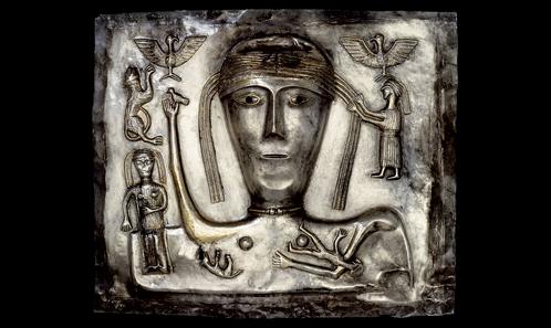 Plaque <i>f</i> du «chaudron» de Gundestrup: symboles du printemps et de la fertilité
