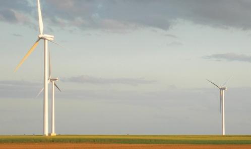 Études chiroptérologiques dans les dossiers réglementaires éoliens: disponibilité de l'information et conformité avec les recommandations nationales et européennes